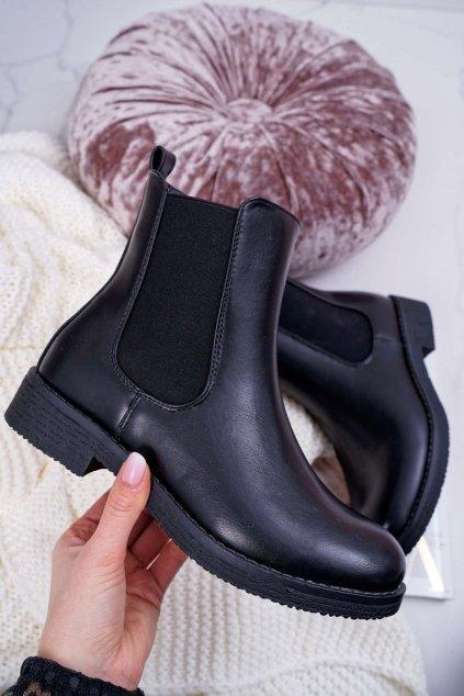 Dámske topánky Pérka čierne 8BT35-1489