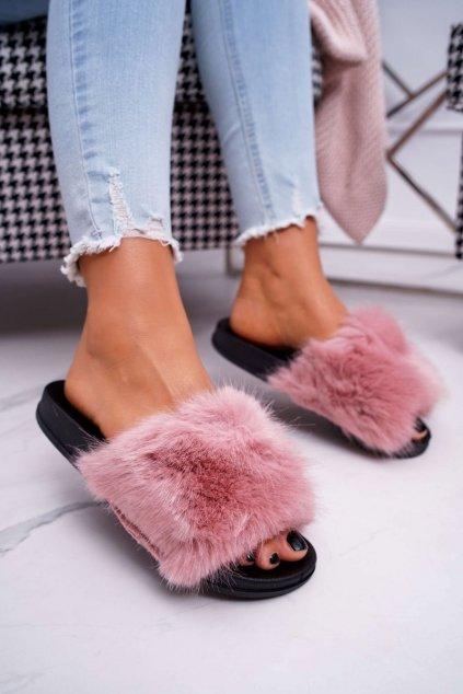 Dámske šľapky farba ružová kód obuvi CK107 PINK