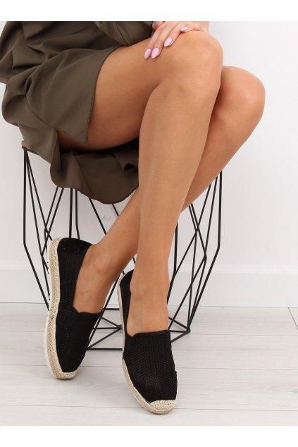 Dámske sandále čierne na plochom podpätku BB03P