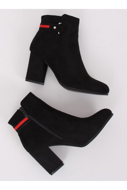 Dámske členkové topánky čierne na stĺpovom podpätku NC923