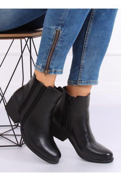 Dámske členkové topánky čierne na širokom podpätku 6391