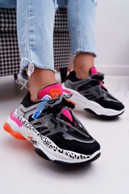 Dámske tenisky farba čierna kód obuvi LA65 BLK