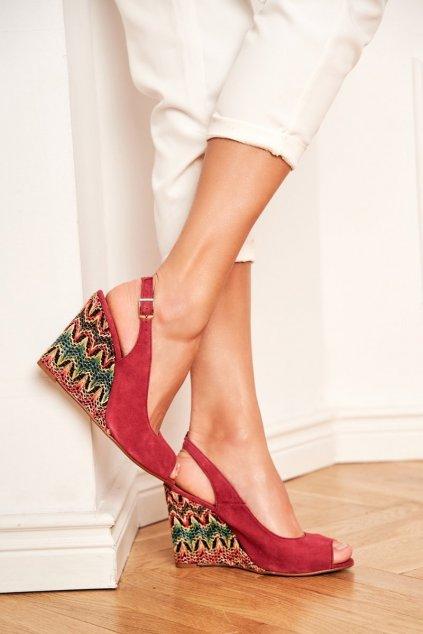 Dámske sandále na platforme farba červená kód obuvi 1964 BURGUNDY 221-223