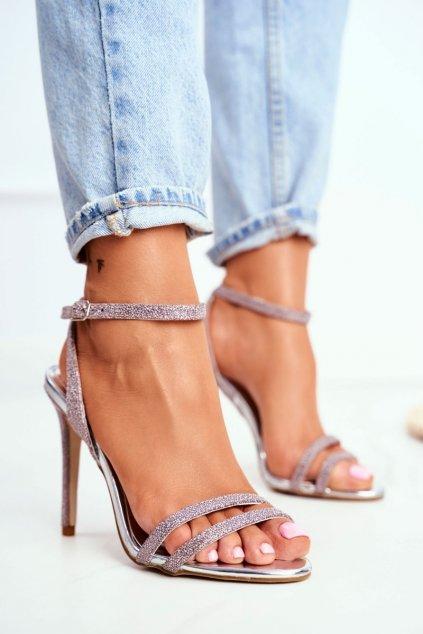 Dámske sandále na podpätku farba ružová kód obuvi TU129 CHAMPAGNE