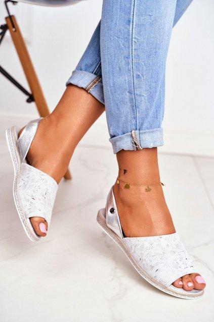 Dámske sandále s plochou podrážkou farba sivá kód obuvi SK030 GREY
