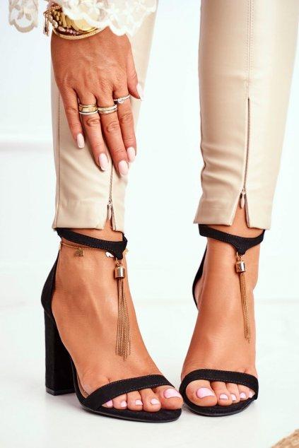 Dámske sandále na podpätku farba čierna kód obuvi J76-11 BLK