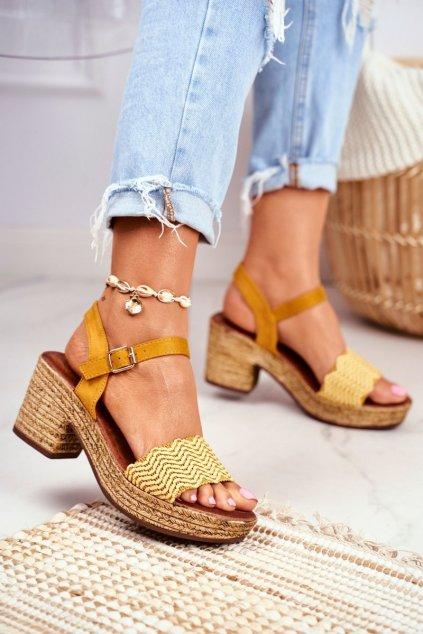 Dámske sandále na podpätku farba žltá kód obuvi 20SD98-1615 YELLOW