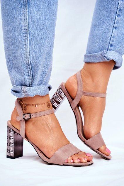 Dámske sandále na podpätku farba ružová kód obuvi LJ261 PINK