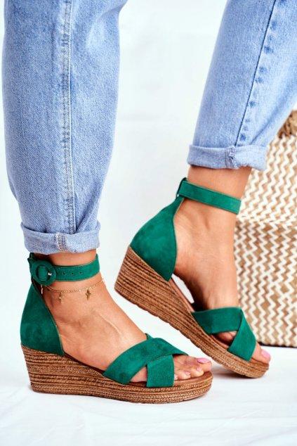 Dámske ploché sandále farba zelená kód obuvi 04565-09/00-5 ZIELONY