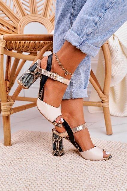Dámske sandále na podpätku farba čierna kód obuvi 2136 184-142-227 BLK