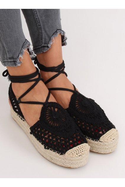 Dámske sandále s plochou podrážkou na platforme čierne YQ233