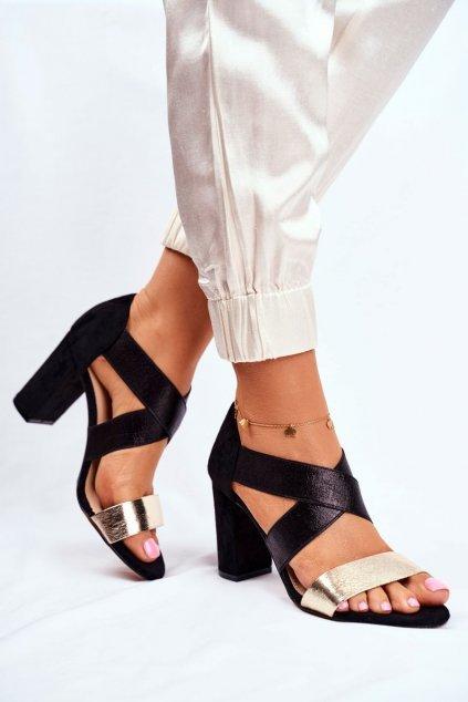 Dámske sandále na podpätku farba čierna kód obuvi 9SD35-0994 BLK GOLD