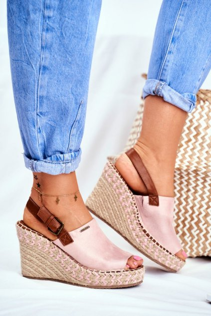 Dámske sandále na platforme farba ružová kód obuvi FF274984 PINK