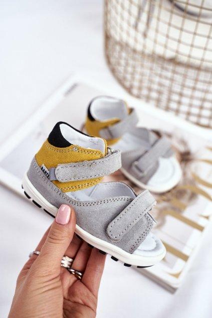 Detské sandále farba sivá kód obuvi W-71266/J12 GREY/YELLOW