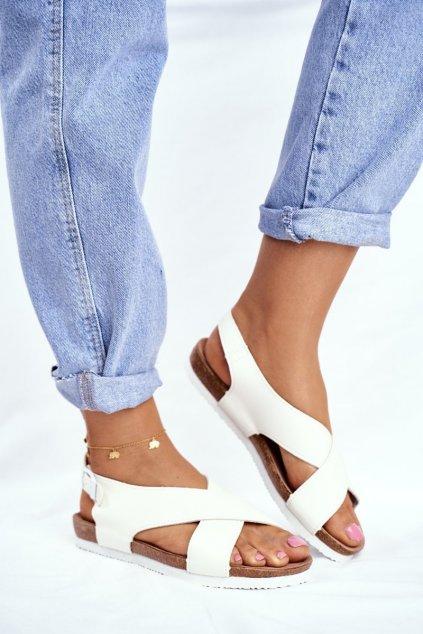Dámske ploché sandále farba biela kód obuvi FF274623 WHITE