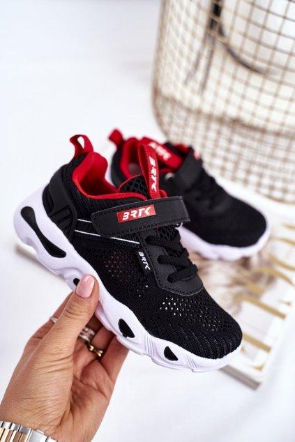 Detské tenisky farba čierna kód obuvi T-75214/W35 BLK