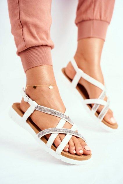 Dámske ploché sandále farba biela kód obuvi 406-6 WHITE