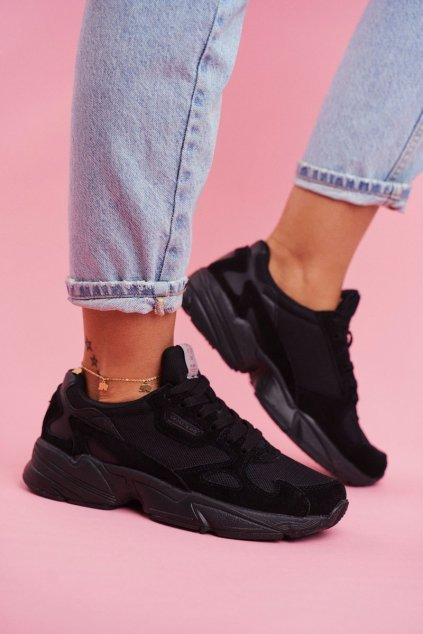 Dámske tenisky farba čierna kód obuvi FF2R4138 BLK