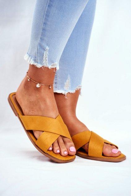 Dámske šľapky farba žltá kód obuvi WL057 YELLOW