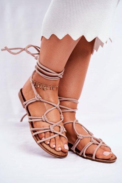 Dámske sandále s plochou podrážkou farba hnedá kód obuvi CK152 BEIGE