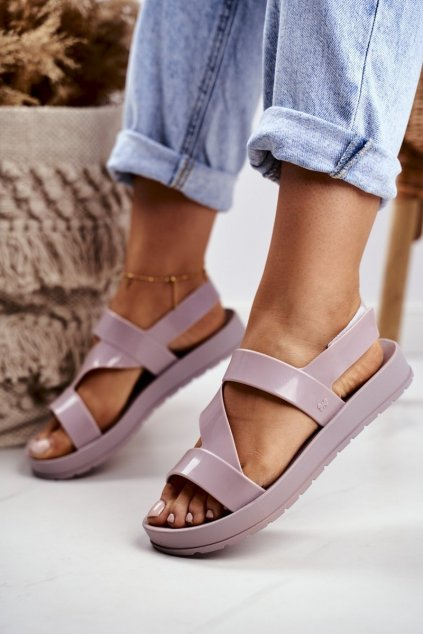Dámske ploché sandále farba hnedá kód obuvi DD285066 BEIGE
