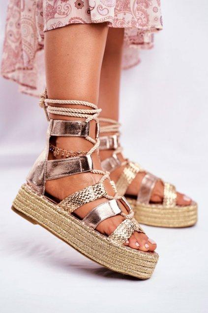 Dámske sandále na podpätku farba žltá kód obuvi R127 GOLD