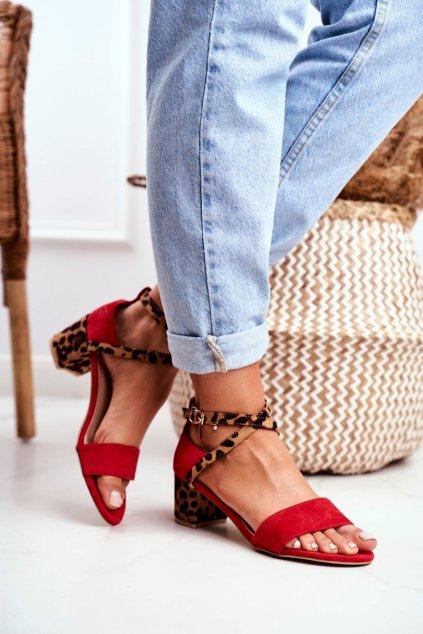 Dámske sandále na podpätku farba červená kód obuvi FC-6711 RED