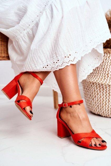 Dámske sandále na podpätku farba oranžová kód obuvi 1-124 ORANGE