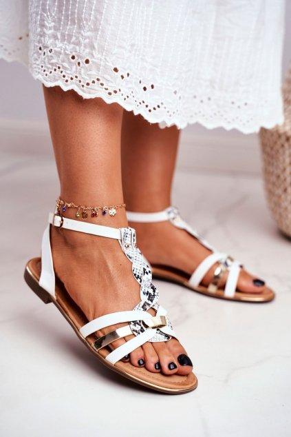 Dámske sandále s plochou podrážkou farba biela kód obuvi JH128 WHITE