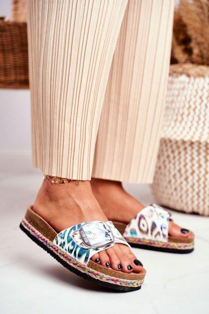 Dámske šľapky farba biela kód obuvi DD274127 FLOWERS