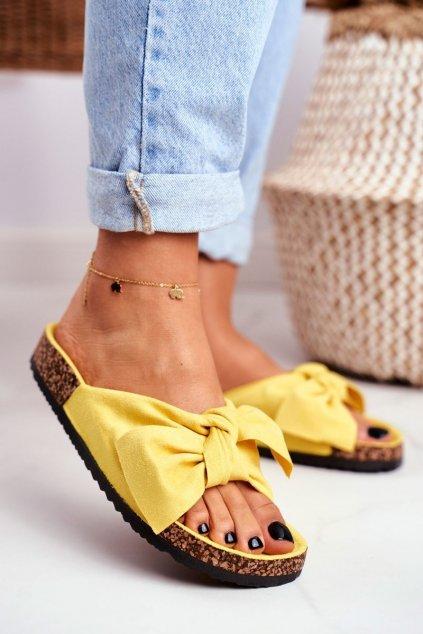 Dámske šľapky farba žltá kód obuvi CK02 YELLOW
