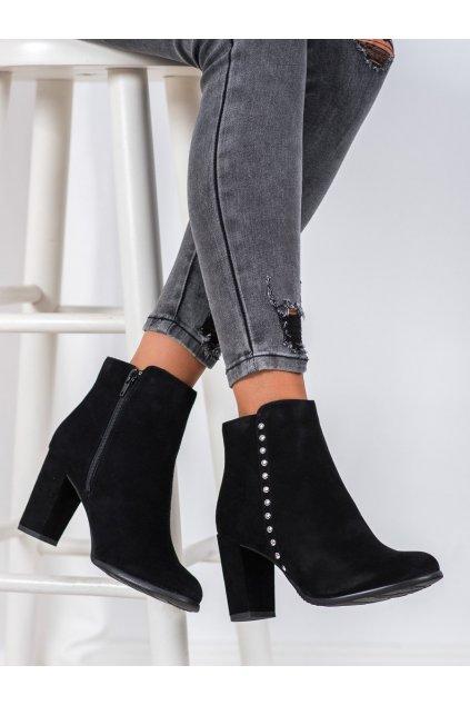 Čierne dámske topánky Evento kod 8BT54-0626B