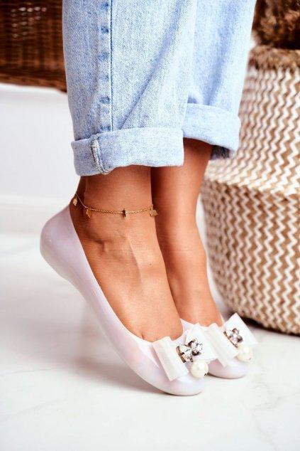 Dámske balerínky farba biela kód obuvi 6091 WHITE