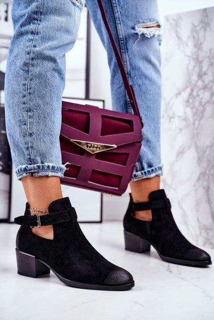 Členkové topánky na podpätku farba čierna kód obuvi 21-10546 BLK