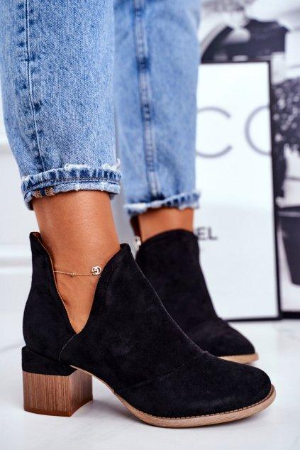 Členkové topánky na podpätku farba čierna kód obuvi A6100 BLK