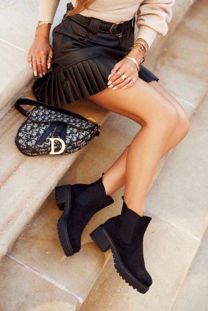 Členkové topánky na podpätku farba čierna kód obuvi NS158 BLK