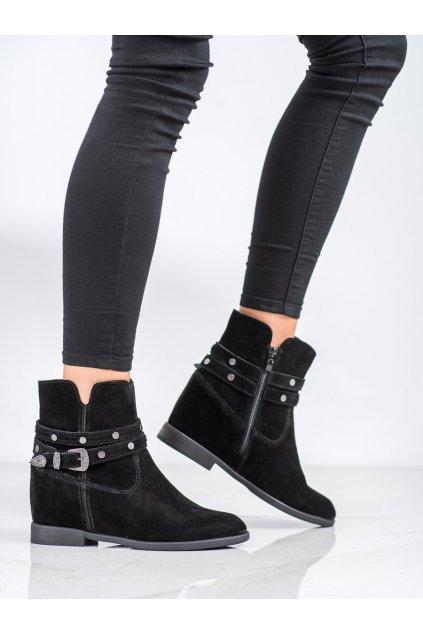 Čierne dámske topánky Filippo kod DBT1590/20B