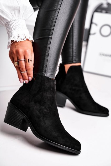 Členkové topánky na podpätku farba čierna kód obuvi HX49 BLK