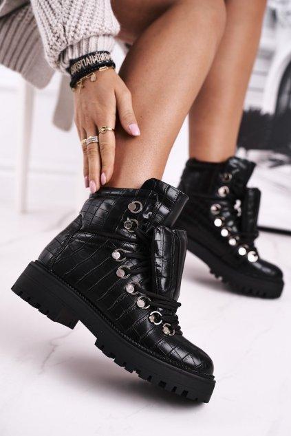 Členkové topánky na podpätku farba čierna kód obuvi BM526 BLK
