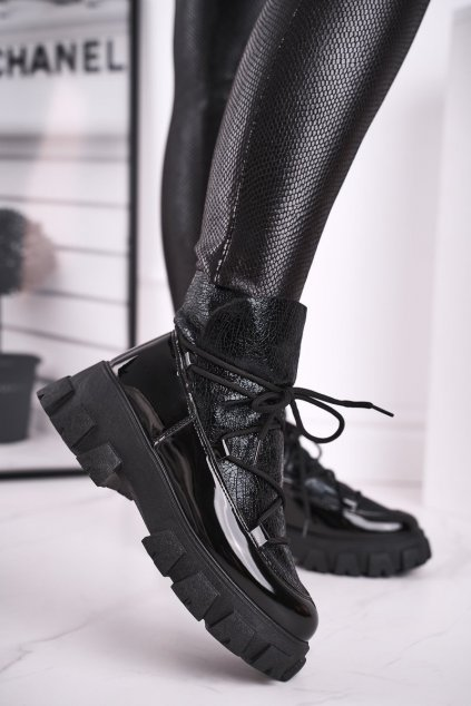 Členkové topánky na podpätku farba čierna kód obuvi CB-19180 BLK