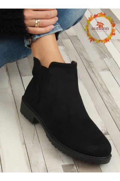Dámske členkové topánky čierne na plochom podpätku JB044