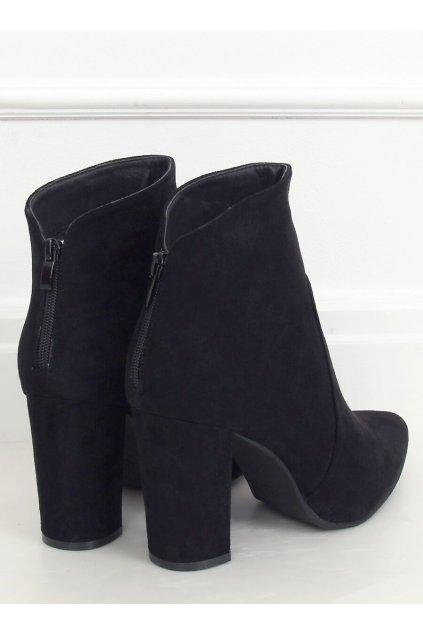 Dámske členkové topánky čierne na stĺpovom podpätku WS006