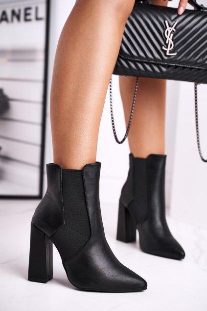 Členkové topánky na podpätku farba čierna kód obuvi L1330 BLK