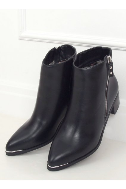 Dámske členkové topánky čierne na širokom podpätku 88168