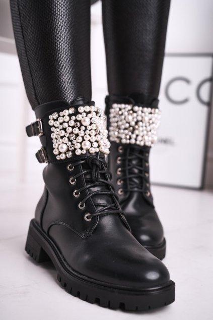 Členkové topánky na podpätku farba čierna kód obuvi 1587 BLK