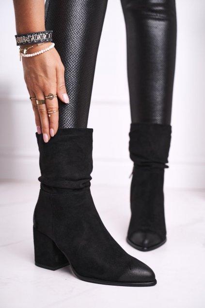 Členkové topánky na podpätku farba čierna kód obuvi 21-10556 BLK