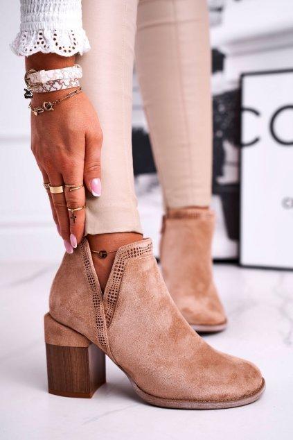 Členkové topánky na podpätku farba hnedá kód obuvi A5705-63 KHAKI