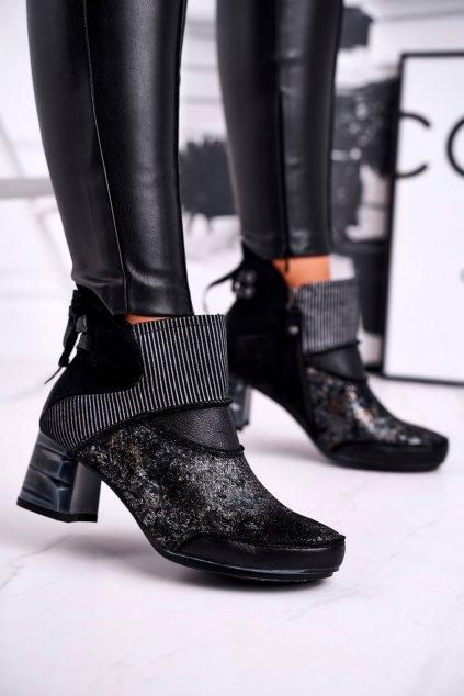 Členkové topánky na podpätku farba modrá kód obuvi 03790-20/00-3 DARK NAVY