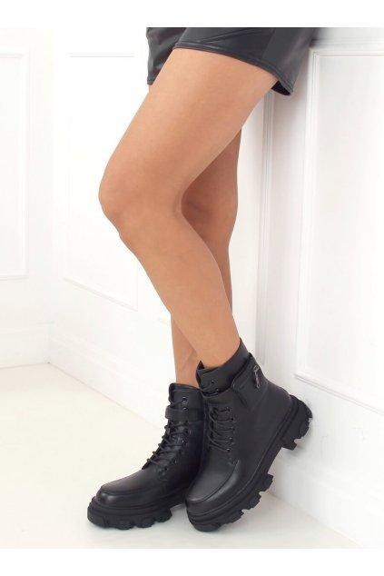 Dámske členkové topánky čierne na plochom podpätku RB62P