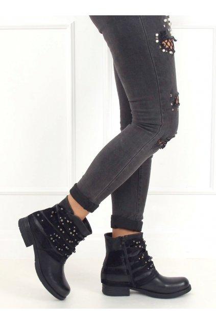 Dámske členkové topánky čierne na plochom podpätku BZ66016-KB